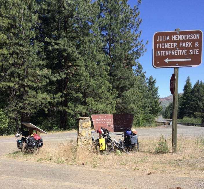Central Oregon bike tour